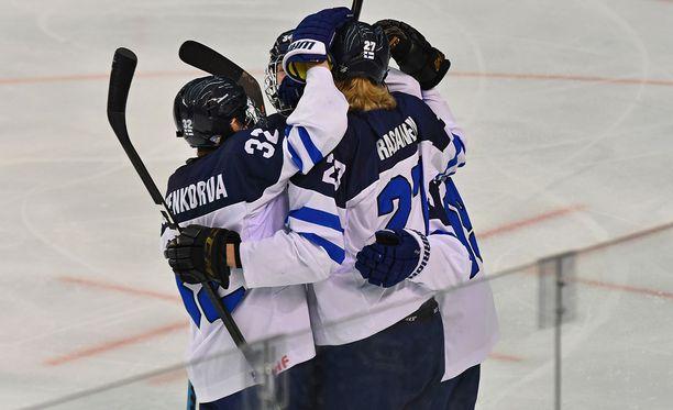 Suomi tuuletti kahdesti finaalissa, mutta se ei riittänyt kivikovaa USA:a vastaan.