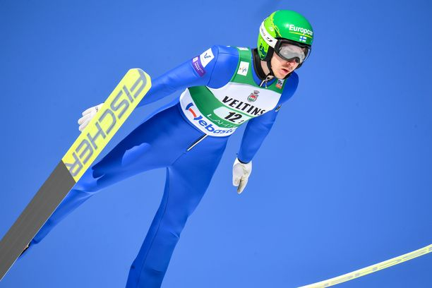 epa08258206 Ilkka Herola of Finland in action during the Team Sprint LH / 2 x 7.5 km ski jumping part at the men's FIS Nordic Combined World Cup in Lahti, Finland, 29 February 2020.  EPA-EFE/KIMMO BRANDT