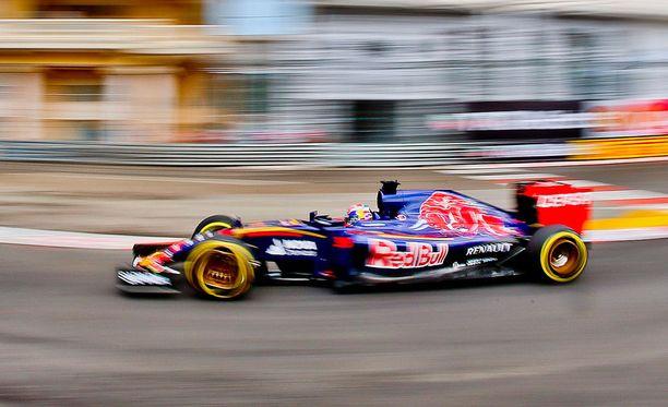 Max Verstappen ajoi ulos Monacossa.