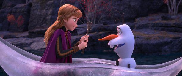 Kuvassa Anna ja Olaf.
