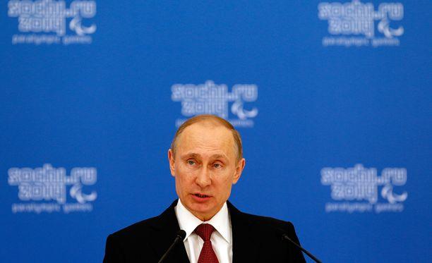 Suomalaisia huolettavat muun muassa presidentti Vladimir Putinin toimet.