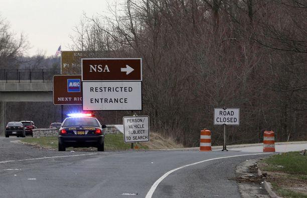 NSA:n päämajalle johtava tie oli suljettu pian välikohtauksen jälkeen.
