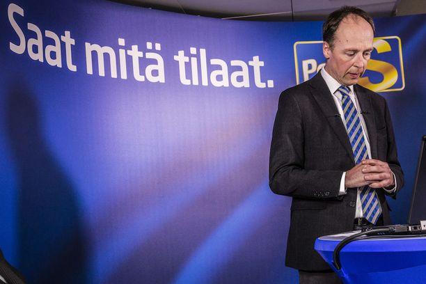 Jussi Halla-aho aikoo jatkaa europarlamentaarikkona ja johtaa perussuomalaisia Brysselistä käsin. Juha Sipilä ja Petteri Orpo pitivät Halla-ahon etäjohtamisvisiota yhtenä syynä sille, miksi he eivät ottaneet Halla-ahon puoluetta hallitukseen.