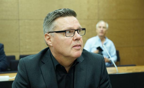 Jari Aarnio hovioikeuden istunnossa syyskuussa.