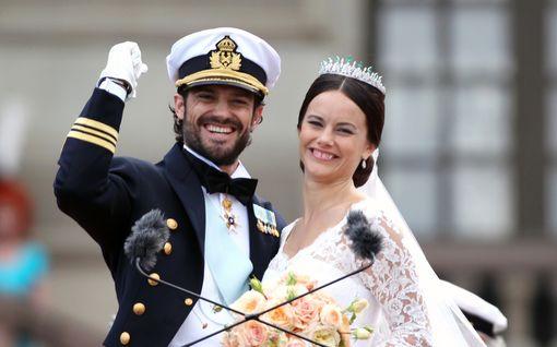 Carl Philip ja Sofia viettävät viidettä hääpäiväänsä – jakoivat koskettavan otteen prinssin puheesta morsiamelleen