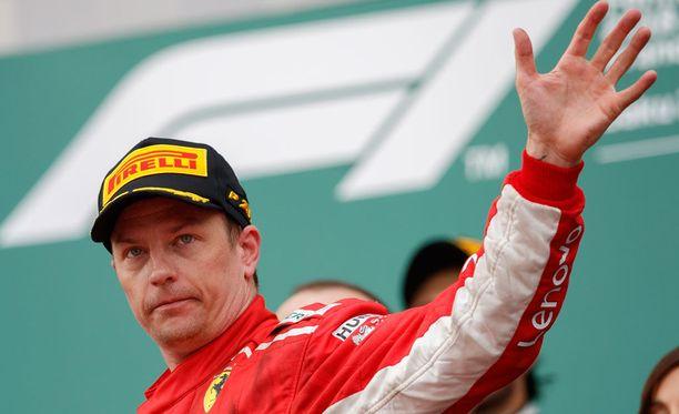 """Kimi Räikkönen esitteli Monacon katuradan hyvin """"kimimäisellä"""" tyylillä."""