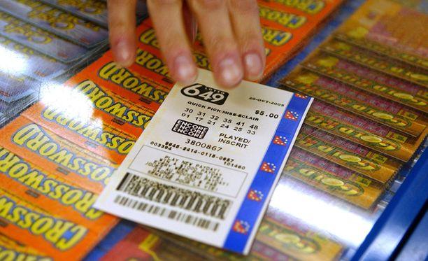 Mies jätti lottokupongin seitsemän sekuntia myöhässä. Arkistokuva.