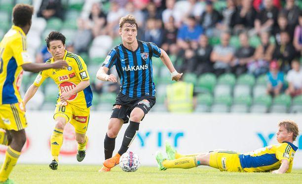 Kaan Kairinen on vakuuttanut Midtjyllandin seurajohdon. Kuva kesältä 2015.