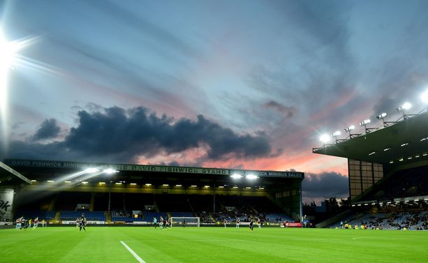 Kannattajien raivo repesi Turf Moor -stadionilla.