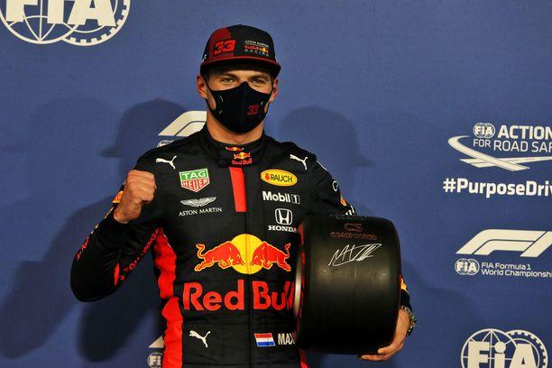 Max Verstappen juhli kauden ensimmäistä ja uransa kolmatta paalupaikkaa.