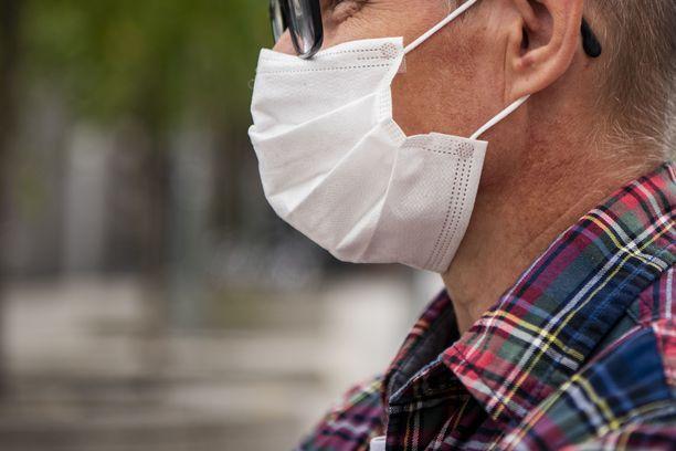 Kertakäyttöisen maskin voi pestä kotioloissa.