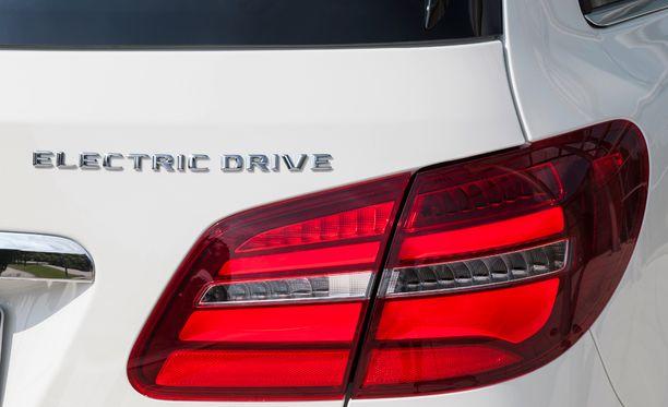 Sähkökäyttöisiä henkilöautoja on tänä vuonna rekisteröity 117 kappaletta.