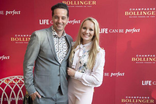 Aiemmin tässä kuussa pariskunta juhli yhdessä Bollinger-samppanjan Life Can Be Perfect -tilaisuudessa Ranskan suurlähetystön pihamaalla.