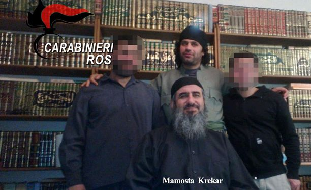 Jihadistijärjestön uskotaan värvänneen myös taistelijoita Irakiin ja Syyriaan, jotta he liittyisivät Isisiin tai Jabhat al-Nusran riveihin.