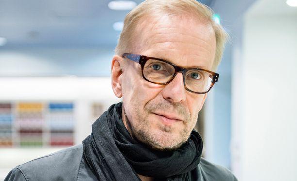 Näyttelijä ja koomikko Jukka Puotila on yksi kunniamerkin saajista.
