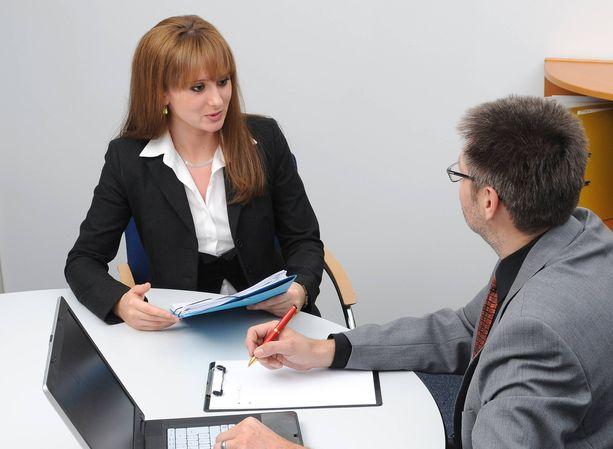 Työhaastatteluissa voi joutua erikoisten kysymysten äärelle.