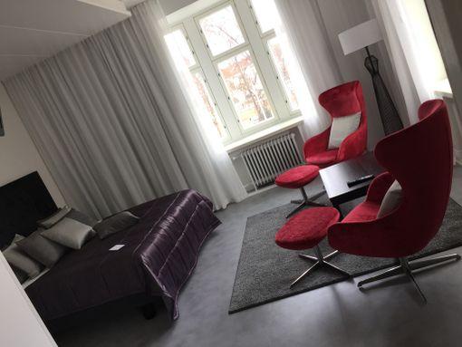 Uotinen asuu tässä huoneessa ollessaan Kuopiossa.