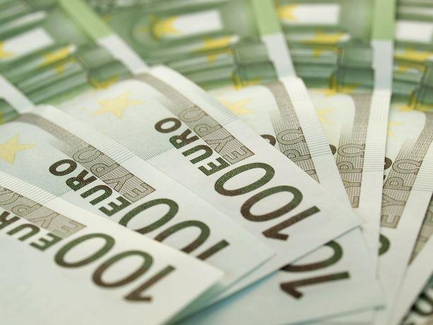 Elvytysseteli voisi olla vasemmistoliiton mielestä esimerkiksi 100 euroa.