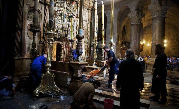 Pyhän haudan kirkko on yksi kristillisen maailman tärkeimpiä pyhiinvaelluspaikkoja.