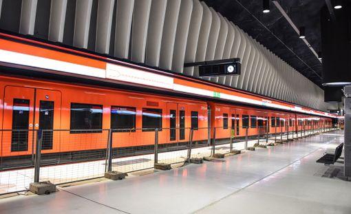 Länsimetron rakentaminen on pysynyt uusimmassa aikataulussaan ja metro otettaneen käyttöön suunnitelmien mukaisesti syyskuussa.