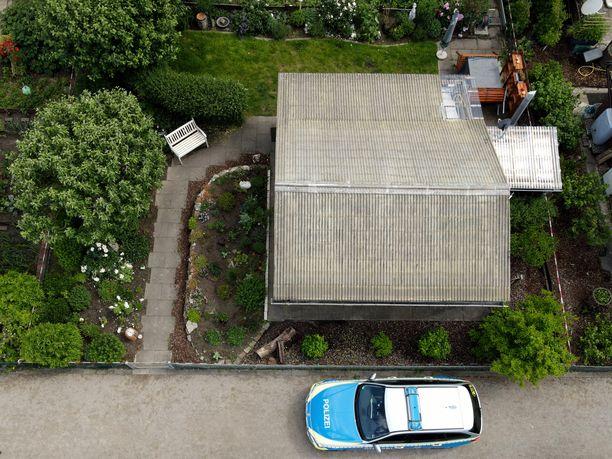 Hyväksikäyttö tapahtui pääepäillyn äidin puutarharakennuksessa Münsterin kaupungissa.