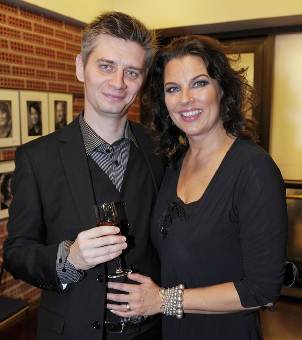 Silvo ja Palmgren tutustuivat lähemmin pääsiäisenä 2009 Savonlinnassa.