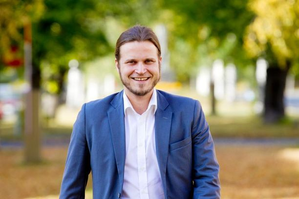 Keskustan Helsingin piirin puheenjohtaja Ville-Veikko Rantamaula sanoo, että Helsingin kasvuun on suhtauduttava positiivisesti.