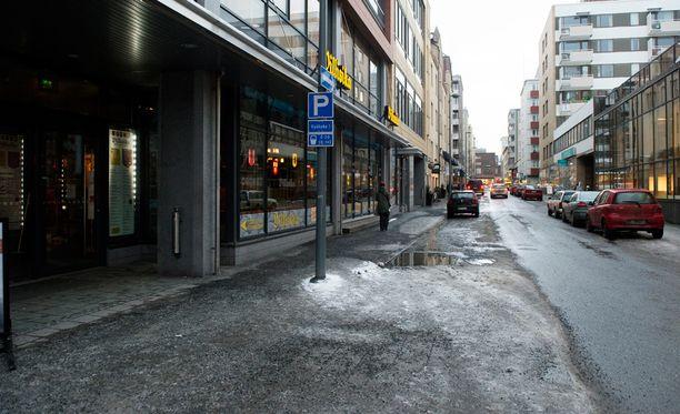 Yöllinen välikohtaus tapahtui Verkatehtaankadulla Tampereella viime elokuussa.