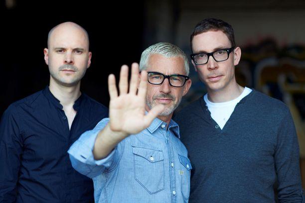 Trance-yhtye Above & Beyond, kuvassa vasemmalta oikealle Jono Grant, Tony McGuinness ja Paavo Siljamäki.