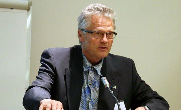 Professori Timo Tervon mukaan kuljettajan riskitekijät toteutuivat Sastamalassa järkyttävällä tavalla.