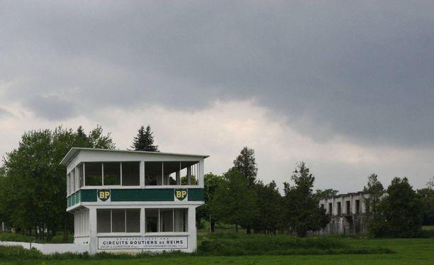 Paikallinen yhdistys pitää huolta Reims-Gueux'n rakennusten säilymisestä.