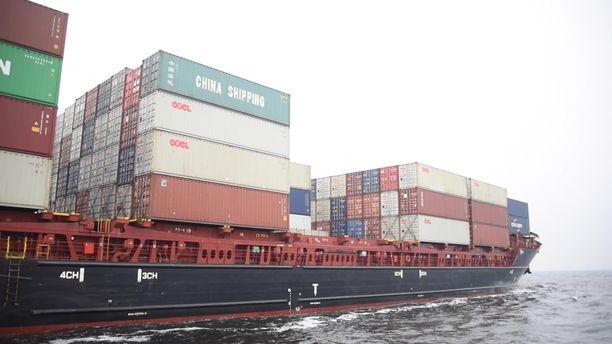Laiva lähti satamasta heti purun jälkeen. Kuvan laiva ei liity tapaukseen.