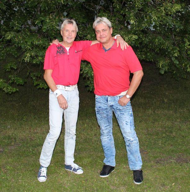 Matti Nykäsen ja Ari Saarisen ystävyys on kestänyt yli 40 vuotta.