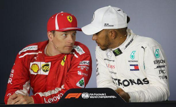 Lewis Hamilton kertoi Kimi Räikköselle ihailleensa tätä suuresti nuoruusvuosinaan. Arkistokuva Azerbaidzhanin GP:stä.