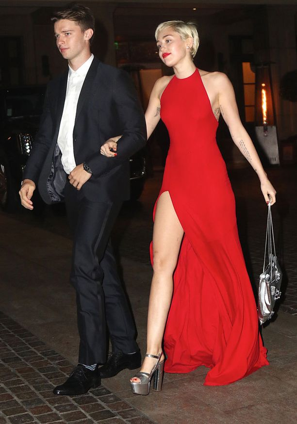 Miley ja Patrick ovat seurustelleet viitisen kuukautta.