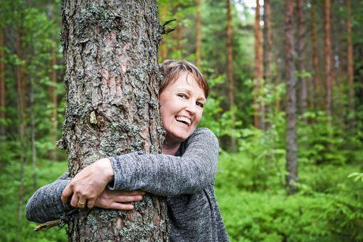 Merja toivoo, että Hyvinvointikylän ympärillä olevat kunnan metsät säilyvät virkistyskäytössä.