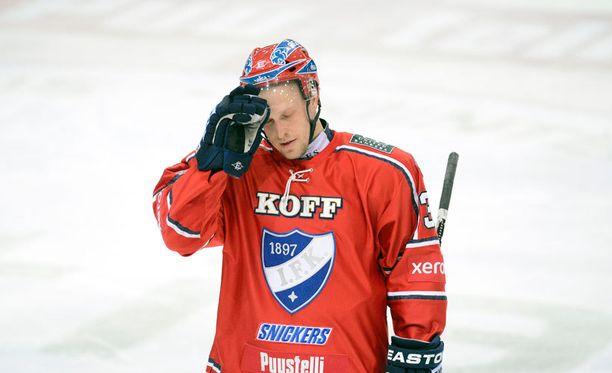 Nykyään HPK:ssa pelaava Eero Somervuori pääsi HIFK:ssa monta kertaa kokemaan Rinkelinmäen vaikeuden.