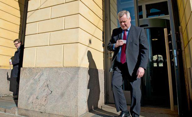 Antti Rinne rauhoitteli torstaina, että Suomen talous on vahva ja velkaantuminen vielä eurooppalaisittain järkevällä tasolla.