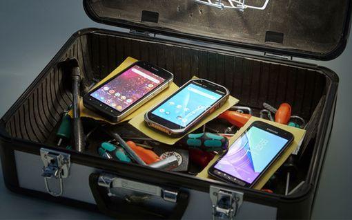 Tivi testasi: 3 älypuhelinta, joita ei meinaa saada millään rikki