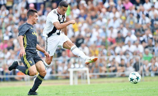 Juventuksen Cristiano Ronaldo valloittaa seuraavaksi Serie A:n.