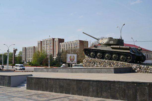 Transnistrian epätoivoinen tilanne on jämähtänyt jäätyneeksi konfliktiksi. Alue on pullollaan Neuvostoliittoa ihannoivia monumentteja.