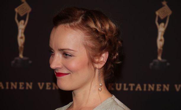 Elena Leeve hurmasi Venla-gaalassa.
