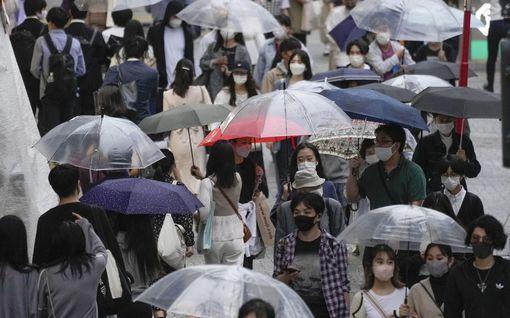 Koronatartuntojen määrä romahti yhtäkkiä Japanissa – miksi?
