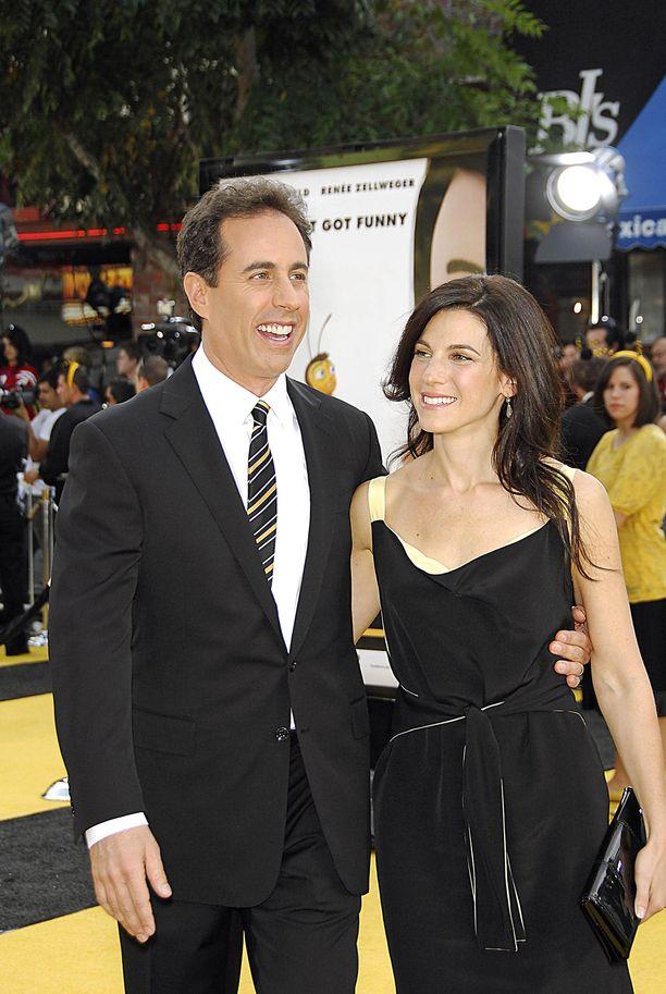 Jerry Seinfeld ja Jessica Seinfeld saapuvat usein yhdessä erilaisiin ensi-iltoihin ja avajaisiin.