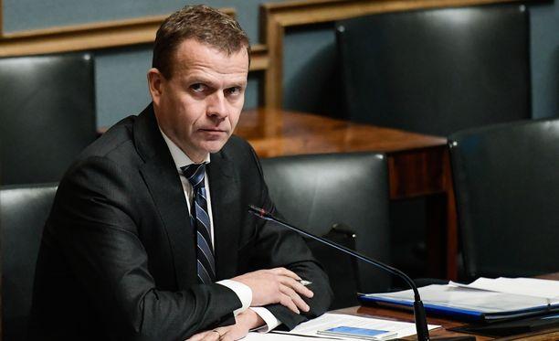 Valtiovarainministeri Petteri Orpo (kok).