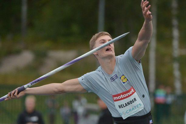 Oliver Helander jäi alle 79 metrin paluukilpailussaan sunnuntaina Espoossa.