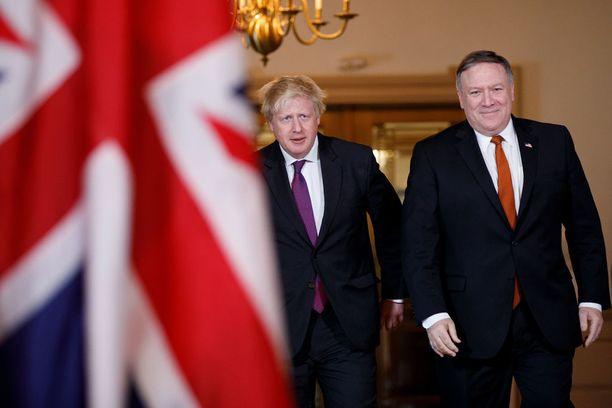 Britannian ulkoministeri kävi alkuviikosta Washingtonissa tapaamassa ulkoministeri Mike Pompeota ja yritti kääntää Trumpin pään. Häntä ennen samaan pyrkivät Valkoisessa talossa vierailleet Ranskan presidentti Emmanuel Macron ja Saksan liittokansleri Angela Merkel.