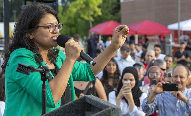 Rashida Tlaib on syntynyt Detroitissa ja on koulutukseltaan juristi.