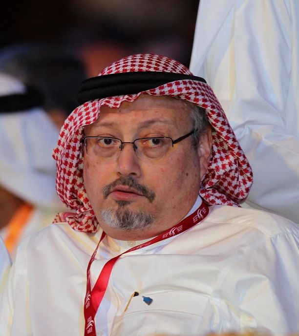 Khashoggi asui pysyvästi Yhdysvalloissa ja toimi Washington Post -lehden kolumnistina.