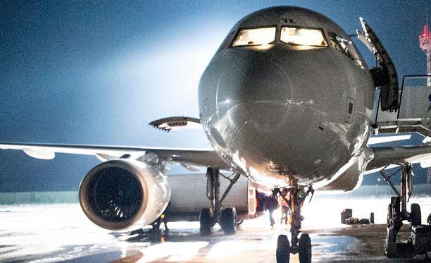 Finnair tiedottaa mahdollisista aikataulumuutoksista asiakkaille ensi viikon tiistaista alkaen.